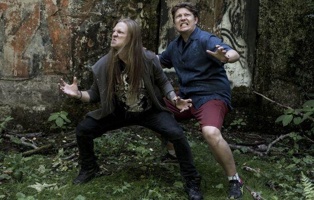 Impaled Rektum -elokuvan ohjaajat Juuso Laatio (vasemmalla) ja Jukka Vidgren ovat aiemmin tehneet yhdessä lyhytelokuvan Dr. Professor's Thesis of Evil.