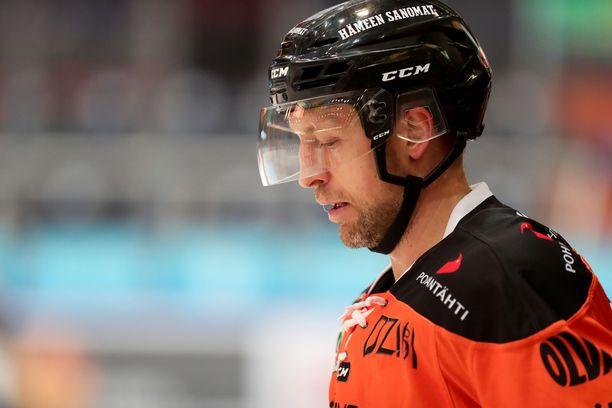 Arto Laatikainen ei pelaa kolmessa ensimmäisessä välieräottelussa.