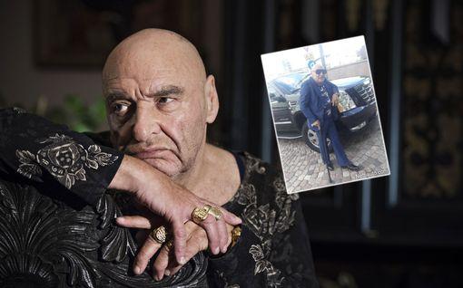 Remu Aaltosen luksusauto myynnissä inhimillisestä syystä – bensarohmusta pyydetään 42 000 euroa