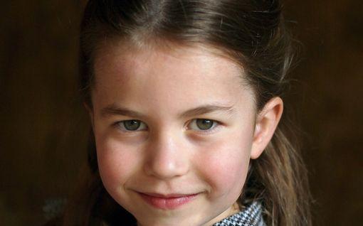 Prinsessa Charlotten, 5, opettaja meni naimisiin - uusi aviomies on prinsessan kummisetä