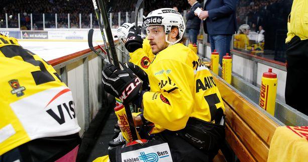 Juhamatti Aaltonen pelasi loppukauden SC Bernissä.