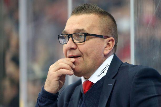Ari-Pekka Selin etsii uutta työnantajaa ensi kaudeksi.