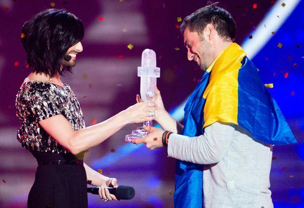 Edellisvuoden voittaja onnitteli Månsia.