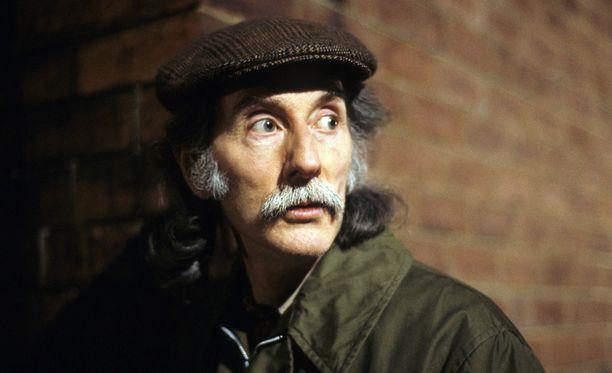 Peter Benson nähtiin myös Komisario Frost -sarjassa.