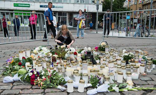 Italialaislehden mukaan 34-vuotias nainen ja hänen miehensä olivat hiljattain palanneet kotikaupungistaan Suomeen puolivuotiaan lapsensa kastetilaisuudesta.