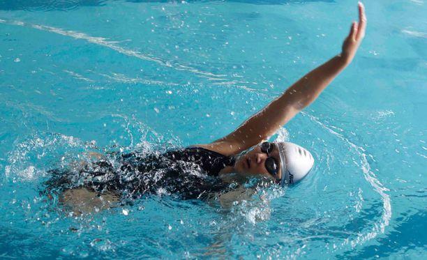 Hongyan uintiharjoituksissa vuonna 2012.