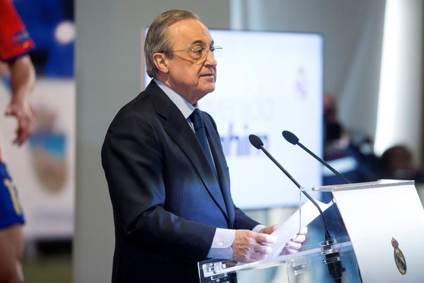 Seurapresidentti Florentino Pérez yrittää palauttaa uskottavuuden Real Madridiin. Siinä riittää työnsarkaa.