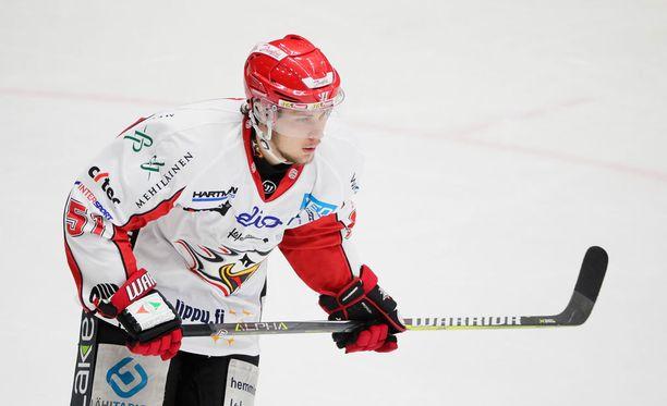 Antti Kalapudakselle ei maistunut tyhjä maali.