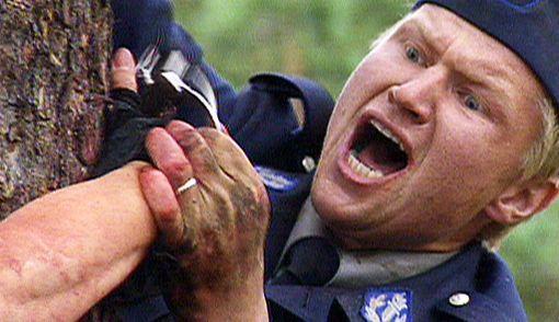 Kiimaiset poliisit oli Turkan mukaan rangaistus Suomen kansalle vierasmaalaisten poliisisarjojen palvonnasta.