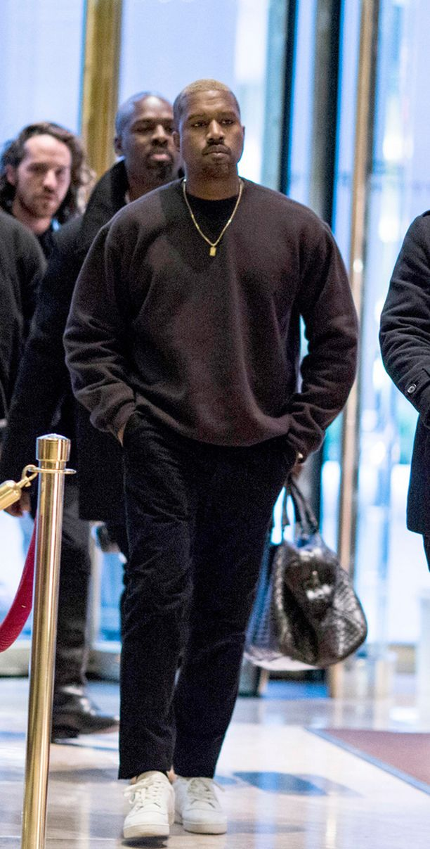 Kanye West joutui sukulaisensa kiristyksen kohteeksi.