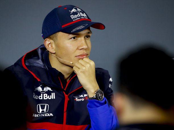 Toro Rosson Alexander Albon ajoi Kiinassa vasta kolmannen F1-osakilpailunsa.