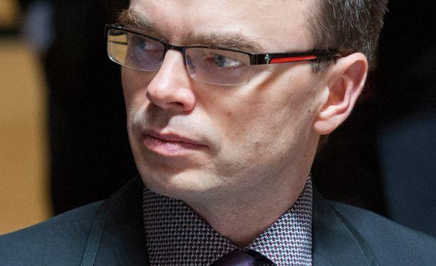 Sven Mikser epäilee Venäjän motiiveja.