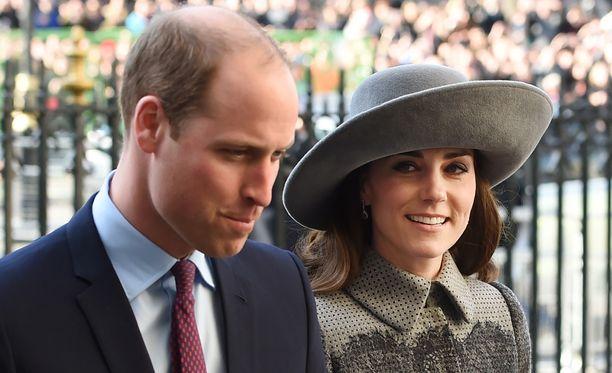 Prinssi William ja hertuatar Cartherine vierailevat tänään Intiassa. Kuvassa pari maaliskuussa Lontoossa.