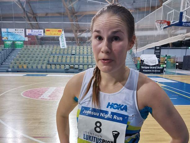 Satu Lipiäinen teki Pohjoismaiden ennätyksen 12 tunnin ultrajuoksussa.