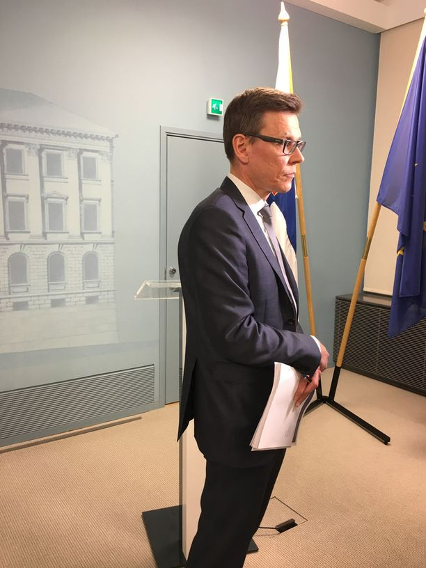 Valtiovarainministeriön kansantalousosaston osastopäällikkö Mikko Spolander sanoo, että globaali sykli alkaa olla loppuvaiheessa, mistä seuraa se, että nousukautta elävässä Suomessakin on jossakin vaiheessa taantuma edessä.