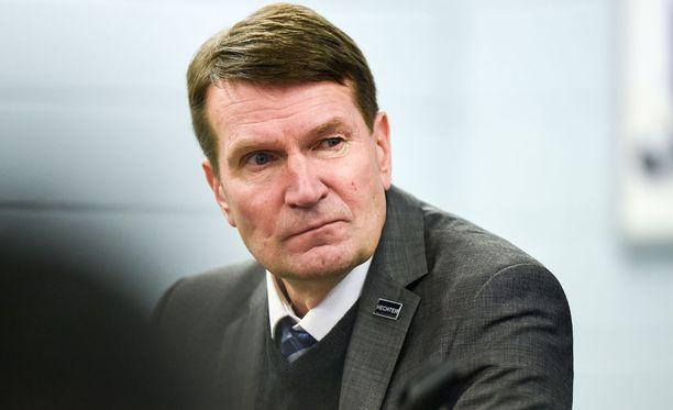 Erkka Westerlund siirtyy Ufan peräsimeen.