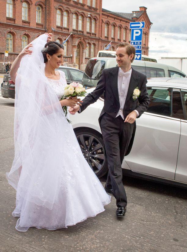 Nasima ja Johan menivät naimisiin viime toukokuussa.