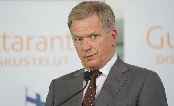 Sauli Niinistö on tyytyväinen Naton ja Venäjän vuoropuheluun.