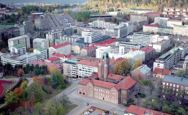 Laiho teki Lahden kaupungilla lääkärivuoroja 2004-2009.