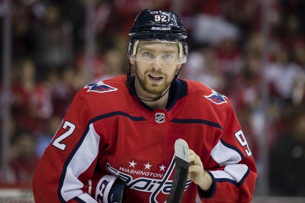 Jevgeni Kuznetsov missaa NHL-kauden kolme ensimmäistä peliä.
