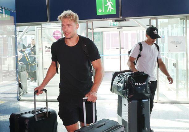 Mikko Rantanen matkusti monen muun suomalaisen NHL-tähden kanssa Pohjois-Amerikkaan viikonloppuna.