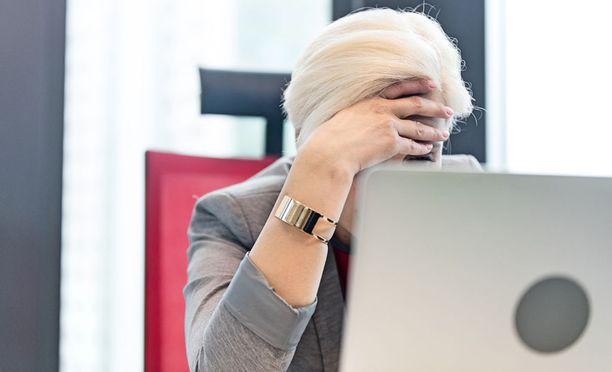 Suomalaisista useampi kuin joka neljäs kärsii jossain vaiheessa elämäänsä työuupumuksen oireista. Muutamalla prosentilla oireet ovat vakavia