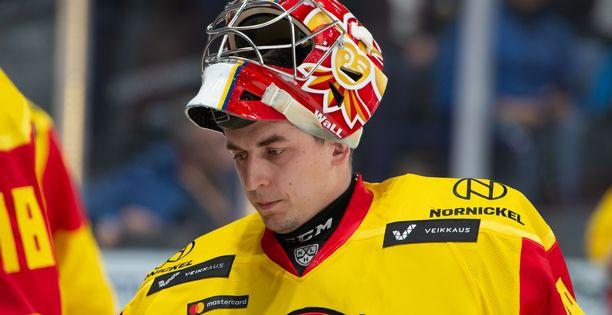 Janis Kalnins tekee paluun Jokerien maalille illan ottelussa Lokomotiv Jaroslavlia vastaan.