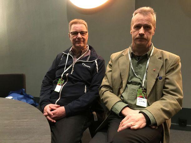 Pekka Ässämäki ja Jari Lantta uskovat, että keskustan kannatus kääntyy nousuun, kunhan hallitusohjelmaa saadaan toteutettua.