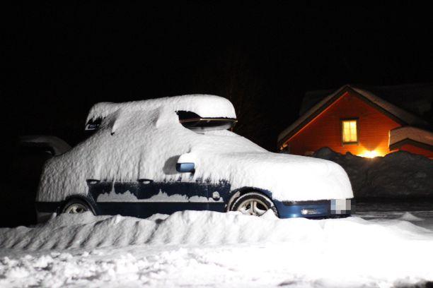 Suomen rekisterissä ollut auto havaittiin torstaina tunturin edustalta.