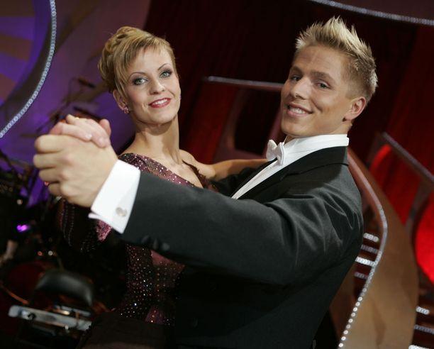 Pikajuoksija osallistui vuonna 2006 Tanssii tähtien kanssa -kilpailuun.