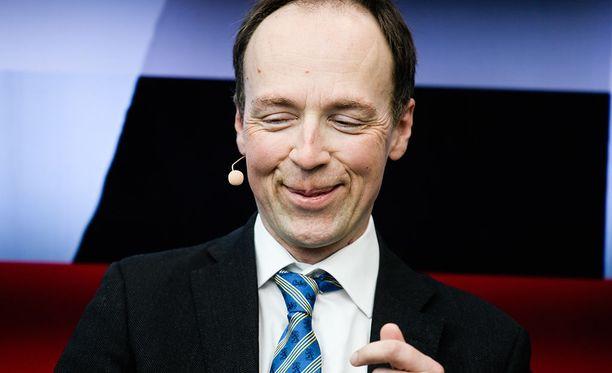 Europarlamentaarikko Jussi Halla-ahon kommentit kuumensivat tunteita keskiviikon keskustelussa EU-parlamentissa.