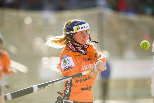 Emma Körkkö on lyönyt tällä kaudella 49 juoksua.