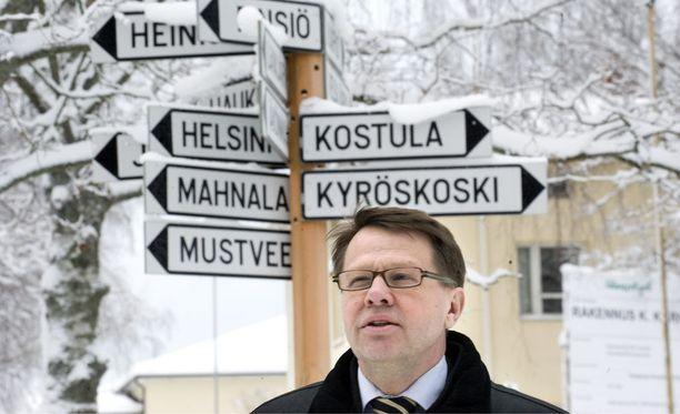 Kari Häkämies on Sauli Niinistön lähipiiriä jo kolmen vuosikymmenen takaa.