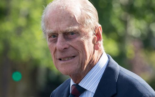 Prinssi Philipin 100-vuotispäivää olisi vietetty tänään - lapsenlapselta koskettava päivitys