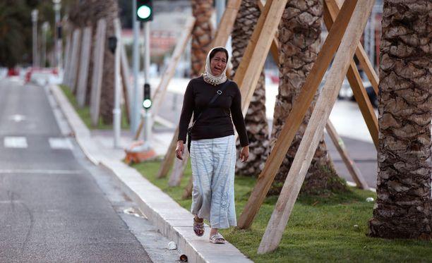 Surullinen aamu valkeni Nizzassa.