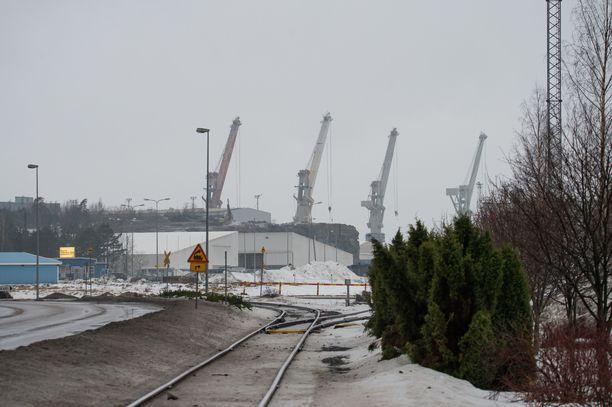 Viranomaisten määräämät massatestaukset Rauman telakalla jatkuvat keskiviikkona ja torstaina.
