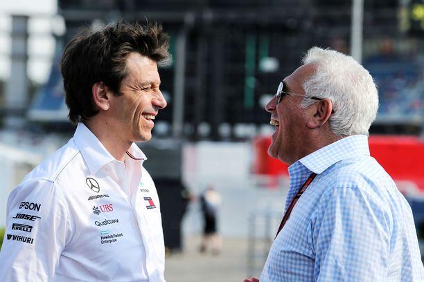 Toto Wolff ja Lawrence Stroll on nähty useasti yhdessä F1-kisoissa