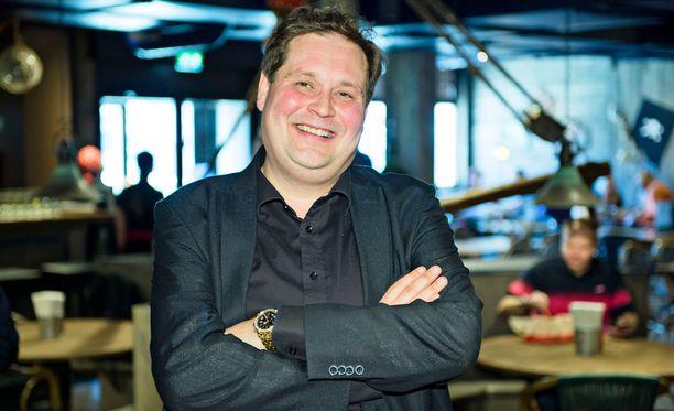 Jethro Rostedt kertoi MTV:n haastattelussa tiestään miljonääriksi.