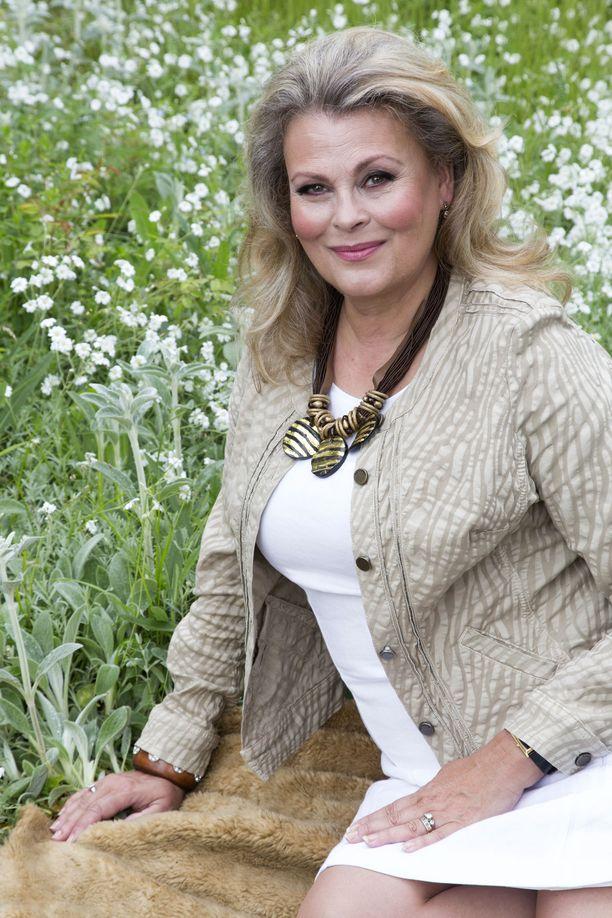 Anne Pohtamo-Hietanen on edelleen upea.