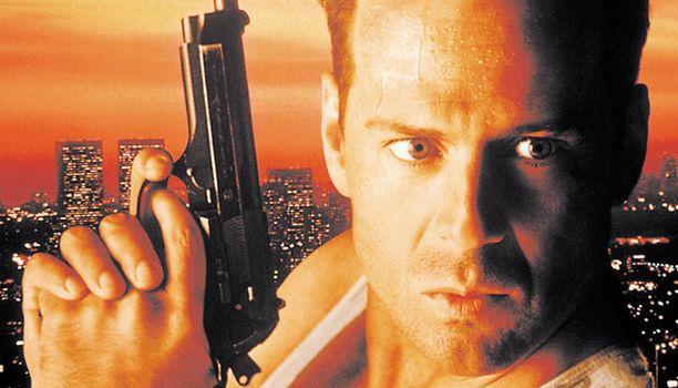 KATSO! Bruce Willis Die Hard -toimintapätkän poliisisankarina.