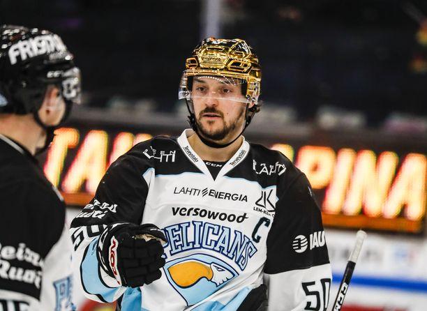 Kapteeni Juhamatti Aaltonen teki maalin, tappoi alivoimaa ja hankki kaksi ylivoimaa, kun Pelicans voitti keskiviikkona Tapparan 3–0.
