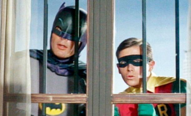 Lepakkomiehen apuna on Ihmepoika Robin.