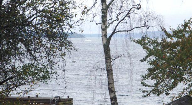 Tästä yksityishenkilön ottamasta kuvasta koko sukellusvenekohu sai alkunsa. Armeijan julkistama kuva on otettu viime perjantaina.