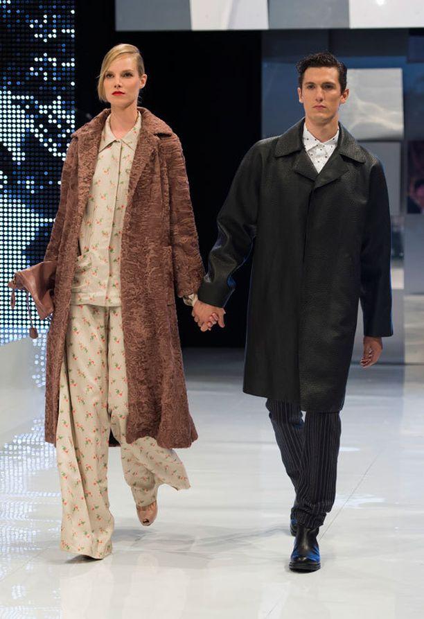 Suvi on naimisissa niin ikään mallintöitä tekevän amerikkalaisen Tyler Riggs kanssa.
