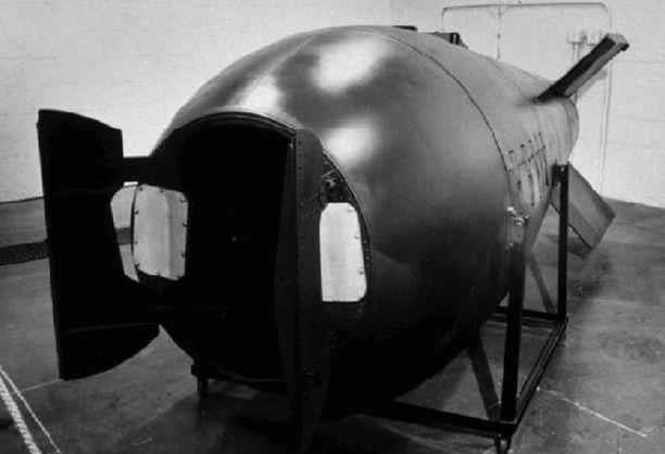 Fox-kokeessa testattiin tällaista 15 kilotonnin Mark V -atomipommia.
