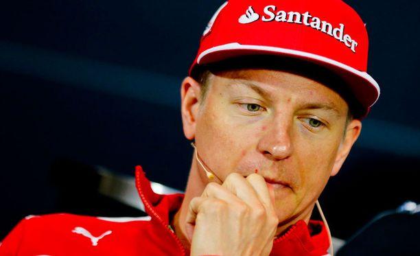 Kimi Räikkönen jäi kauas kärjestä Monacon GP:n aika-ajoissa.