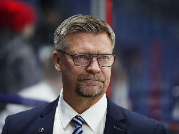 Jukka Jalonen oli tyytyväinen Leijonien peli-ilmeeseen Tshekki-ottelun toisessa ja kolmannessa erässä.