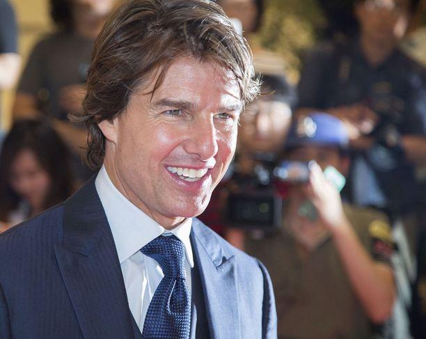 """Näyttelijä Tom Cruise on kuvaillut isäpuoltaan """"viisaaksi, fiksuksi mieheksi""""."""