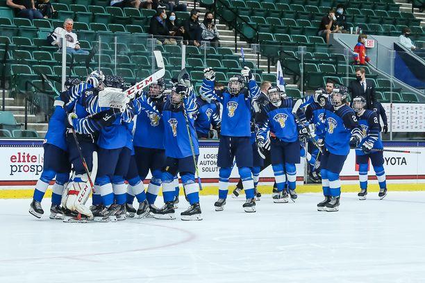 Pikkuleijonat voitti avausottelussaan Venäjän 4–3.