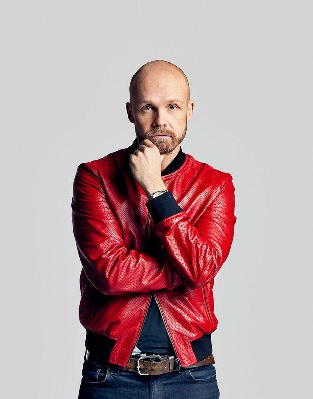 Supersuosittu Juha Tapio on Pekka Ruuskan löytö.